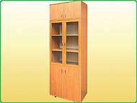 Шкаф книжный со стеклянными дверцами