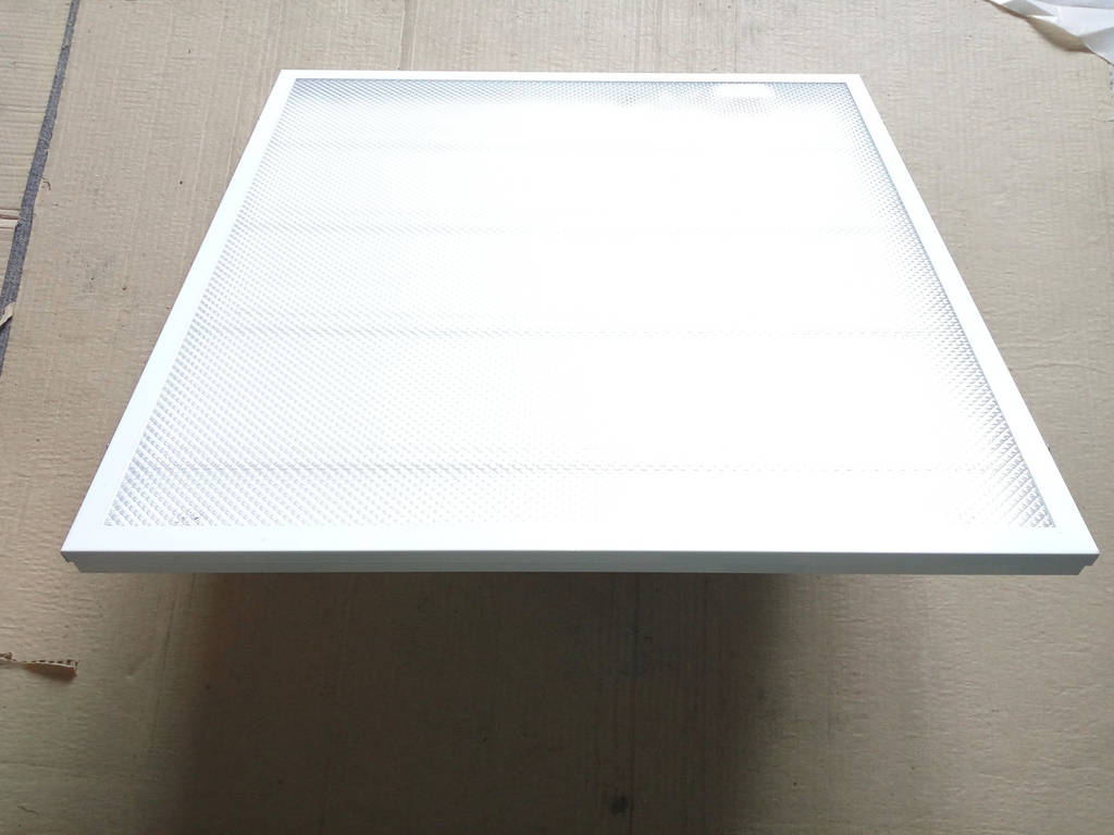 Светильник  LED PRISMATIC(колотый лед) 36Вт-4100К 595х595мм
