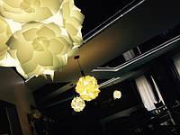 """Специально для сендвич-бара """"Зион"""" мы придумали такой дизайн подвесного светильника в форме цветка"""