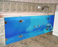 Стеклянные дверцы под ванную