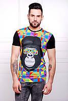 Мужская футболка с ярким рисунком