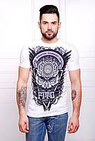 Мужская футболка белого цвета с рисунком совы