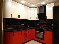 Кухня на заказ BLUM-001 c крашеными фасадами белый и красный