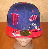Стильная кепка с прямым козырьком Monster