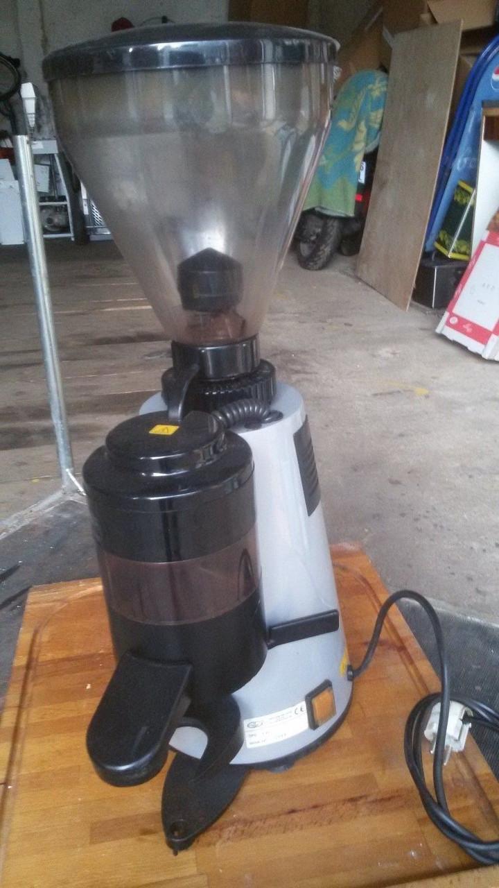 Профессиональная кофемолка Grimac