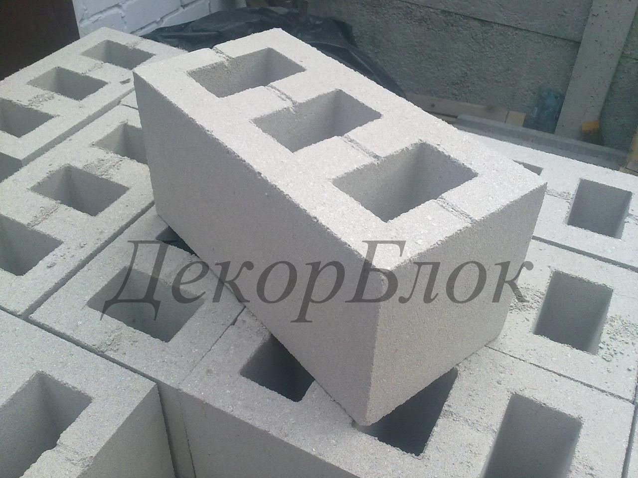 Блок бетонный 400х200х200  С3. стеновой