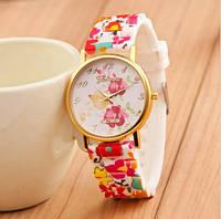 Женские наручные часы Geneva цветочные