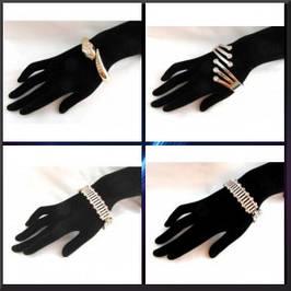 Пластиковые браслеты