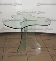 Стеклянный журнальный столик фигурный