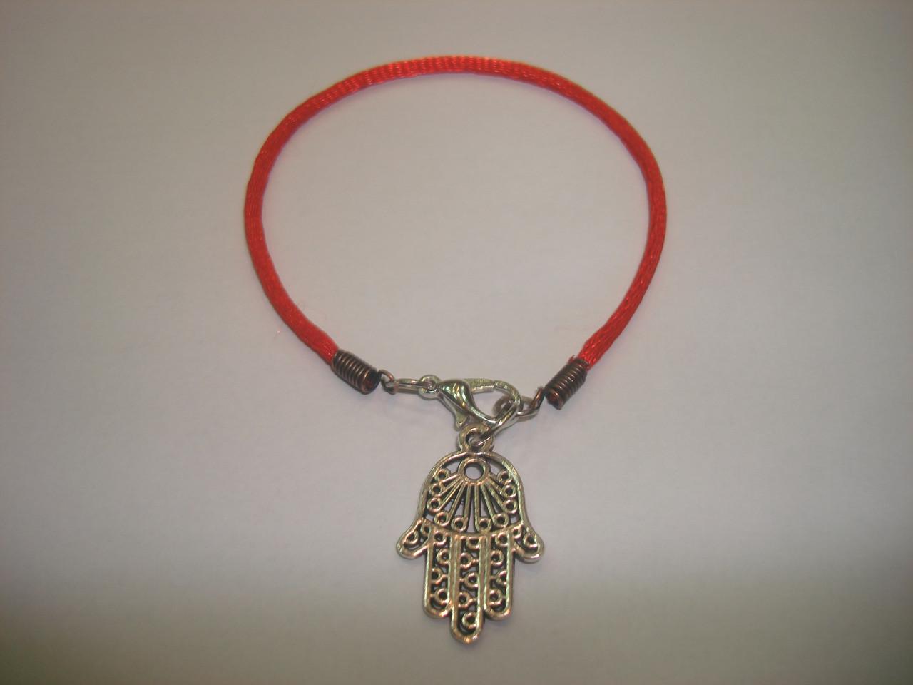 Красная нить с оберегом «Хамса, Рука Фатимы»