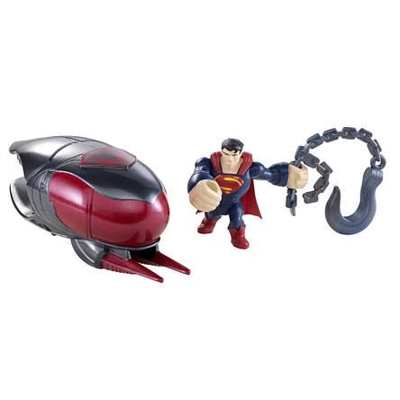Супермен из фильма MAN OF STEEL (Человек из Стали), супергерой атакующий космический корабль, фото 2