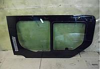 Стекло двери. боковой правой (глухое с форточкой сдвижной) RENAULT TRAFIC 00-14 (РЕНО ТРАФИК)