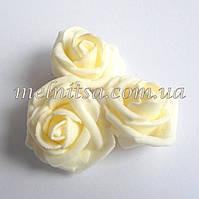 Роза из латекса, цвет кремовый,  3,5-4 см