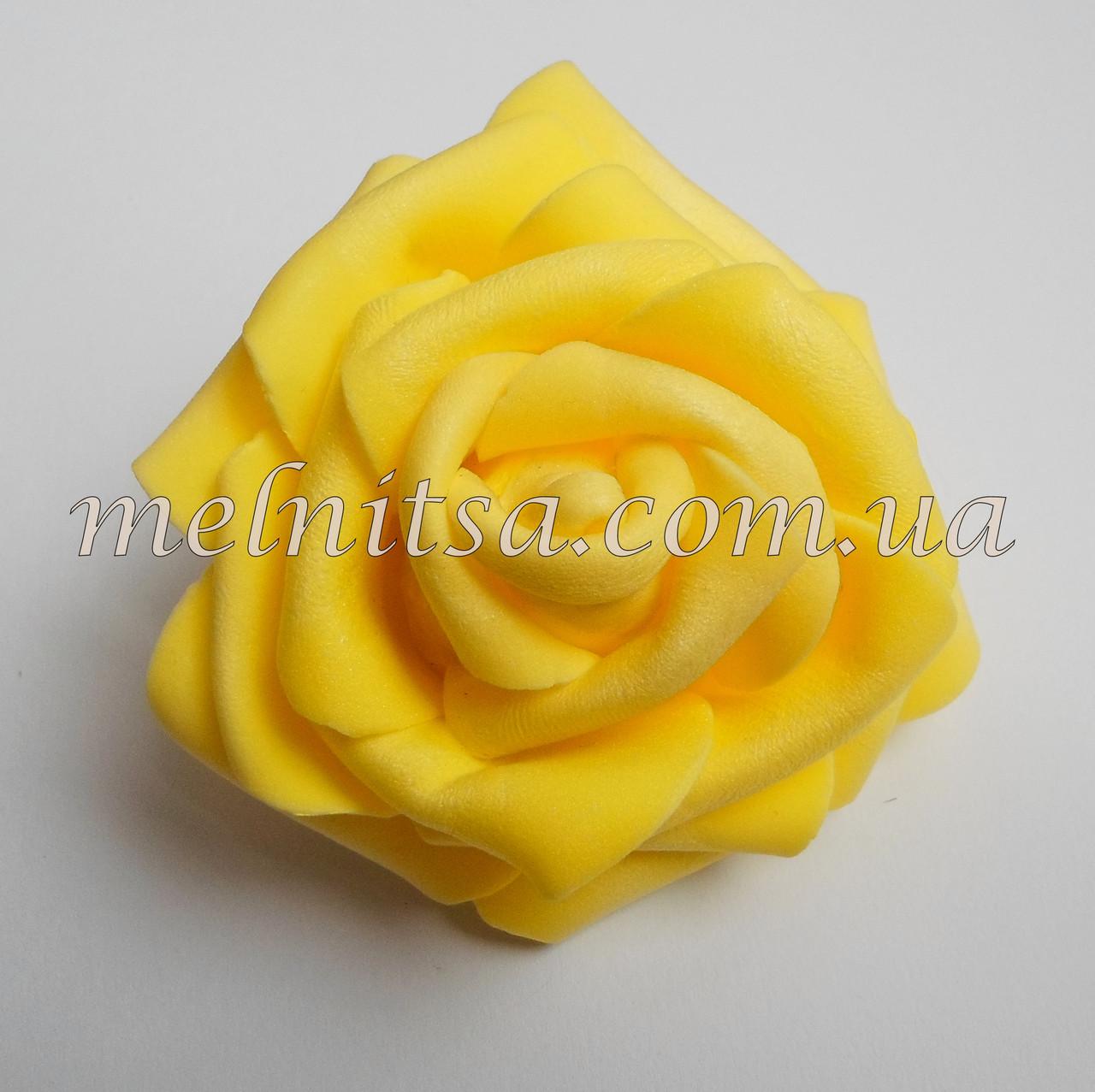 Роза из латекса, желтая  7 см
