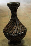 Фигурная ваза из красной глины