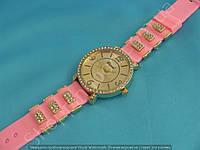 Часы Chopard 113964 женские золотистые со стразами на светло-розовом ремешке из силикона