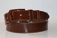 Ремень кожаный класический лаковый 40 мм цвет светло-коричневый пряжка коричневая текстурированная