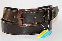 Ремень кожаный лаковый 40 мм цвет коричневый(шоколад) пряжка текстурированый глянец коричневого цвета