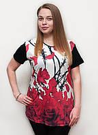 Стильная летняя женская футболка в розу. Размер: 52,54,56