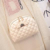 Маленькая женская сумка Ohanel с длинной цепочкой белая