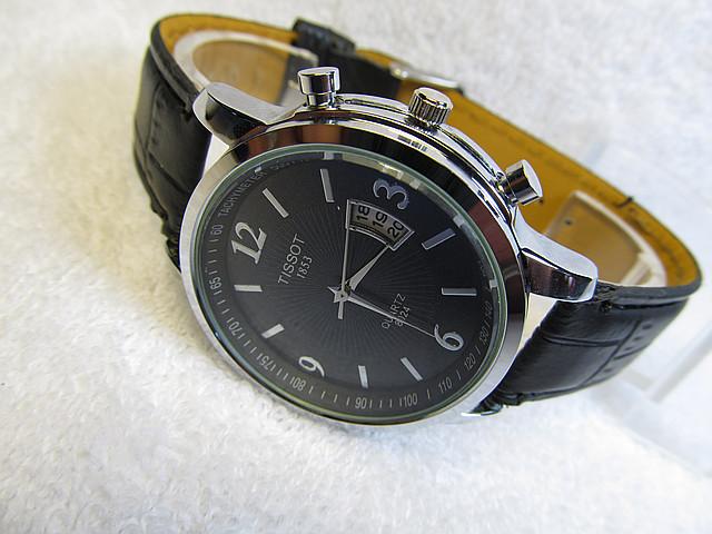 Мужские часы *Tissot-T-Clasik* дата