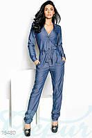 Стильный джинсовый женский комбинезон с длинным рукавов и прямыми штанами под пояс