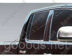 Нижний молдинг стекол Volkswagen Amarok