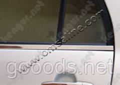 Молдинги стекол Toyota Corolla