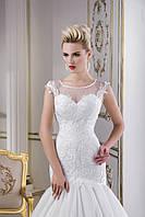 Модное свадебное платье русалка с пуговицами на спинке