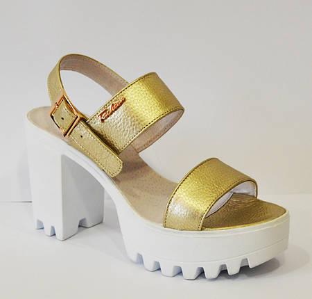 Босоножки золотистые на высоком каблуке Alita 102, фото 2