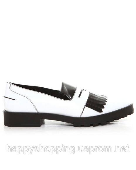 Черно-белые лоферы Miista
