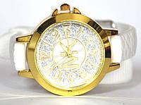 Часы на резиновом ремешке 00424