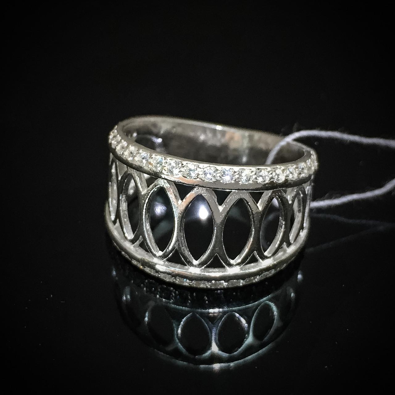 Серебряное женское кольцо с 44-мя прозрачными фианитами