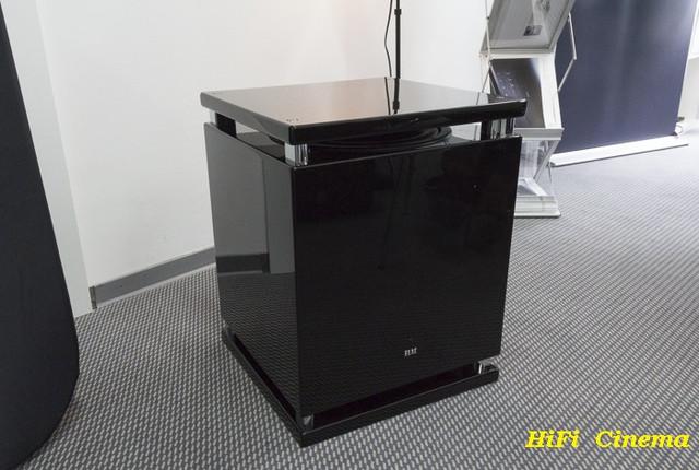 ELAC 2090