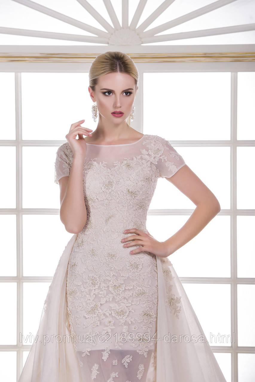 Платье с прицепной юбкой