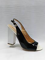 Лаковые босоножки на устойчивом каблуке , фото 1