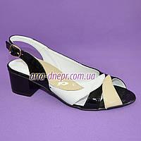 Женские лаковые босоножки на невысоком устойчивом каблуке от производителя, фото 1