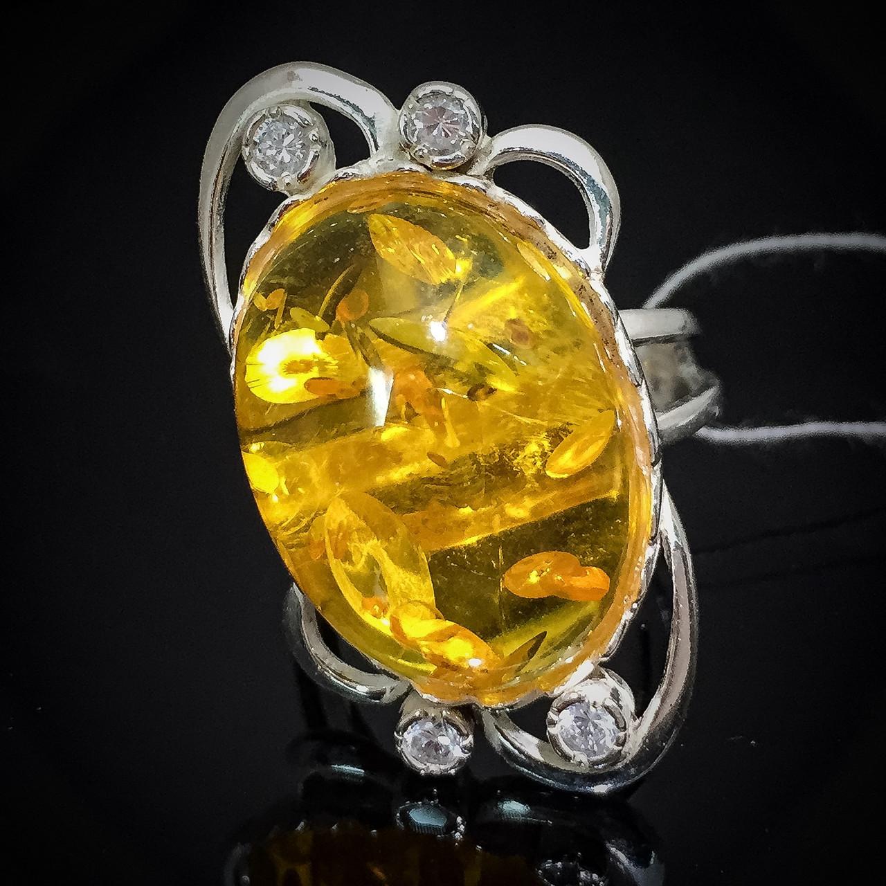 Серебряный женский перстень с янтарем и фианитами