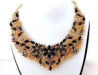 Ожерелье черные кристаллы, золотистое