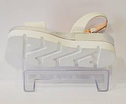 Босоножки белые Guero 01, фото 3