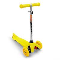 Самокат Best Scooter желтый арт. 466-112 (с регулировкой руля и подсветкой колес)