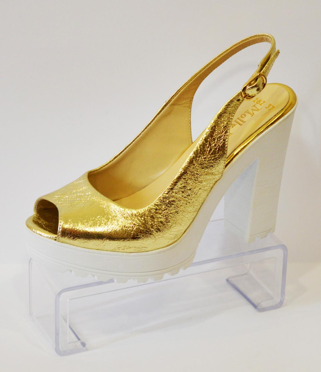 Босоножки на каблуке Molly Bessa 173-262