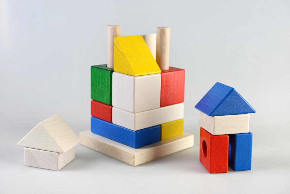Конструктор-пирамидка Домик