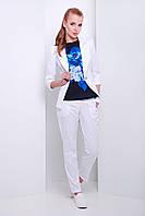 Женский пиджак на одну пуговицу белого цвета