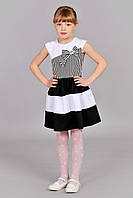 Детское платье в черно-белую полоску