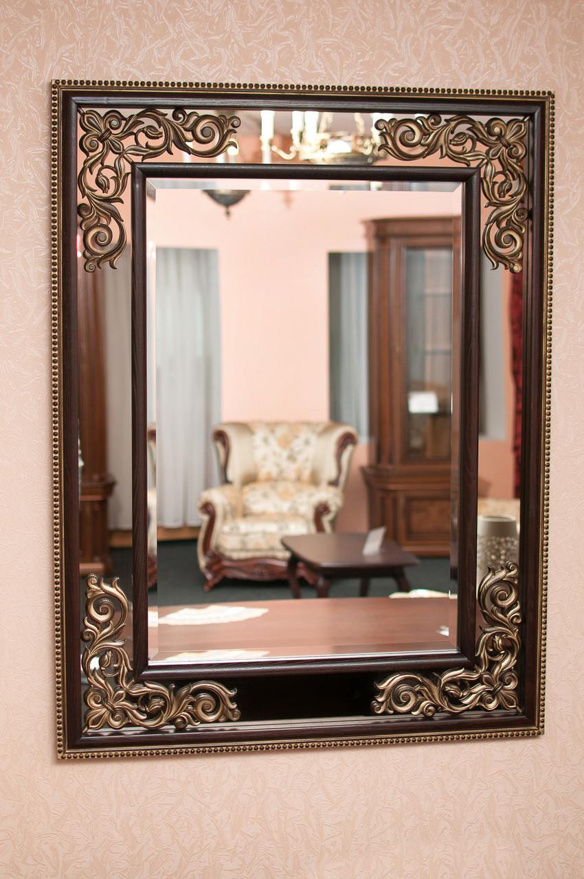 Код М-009.1. Зеркало в деревянной раме с резьбой