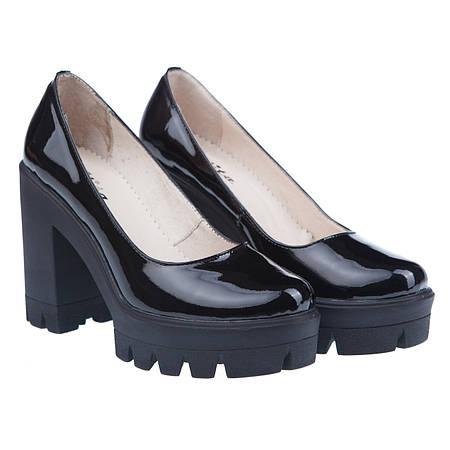 Купить Стильные туфли из натурального лака недорого в интернет ... 3cc8b6600cd