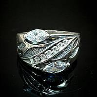 Серебряное кольцо со вставками из прозрачного фианита, 9 камней