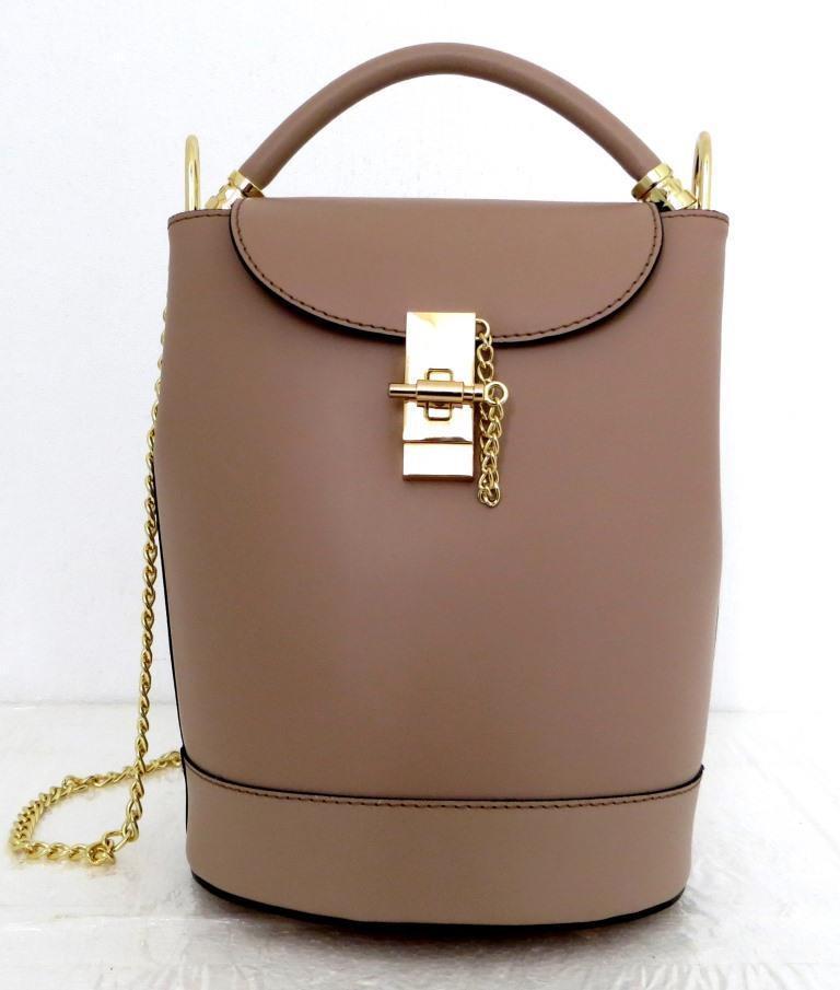 Стильная женская сумка - рюкзак 100% натуральная кожа. Бежевая