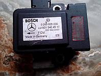 0 265 005 230датчик ускорения или скорости MERCEDES BENZ W220 S-CLASS